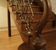 Лестница с металлическими-коваными балясинами