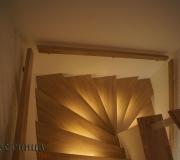 Лестница со светодиодной подсветкой.