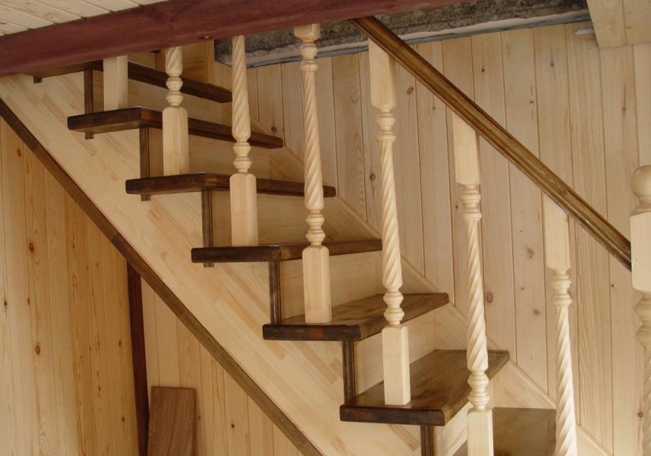 Лестницы под заказ особенности выбора и преимущества