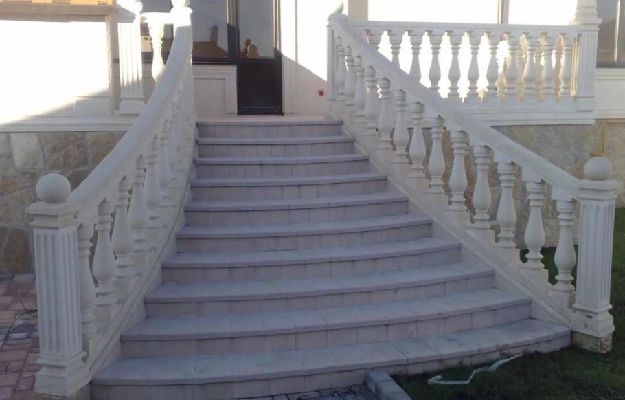 Отделка монолитной лестницы особенности
