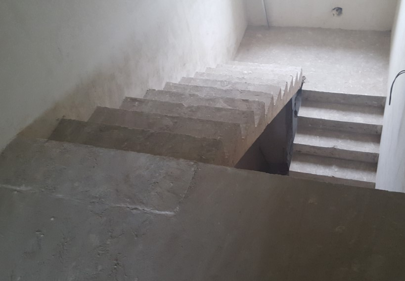 лестница из бетона под отделку деревом