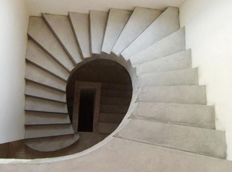 достоинства монолитных лестниц