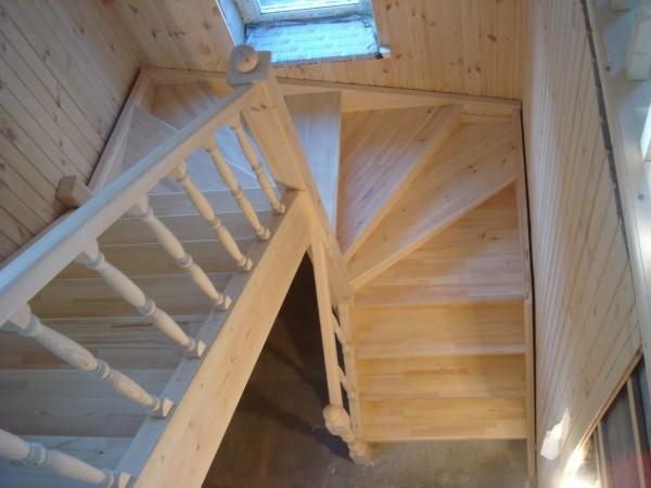 О лестнице поворотной на 180 градусов