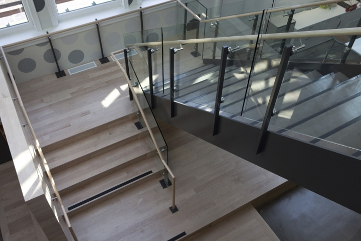 О лестнице в офис