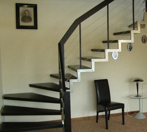 О лестнице на металлокаркасе