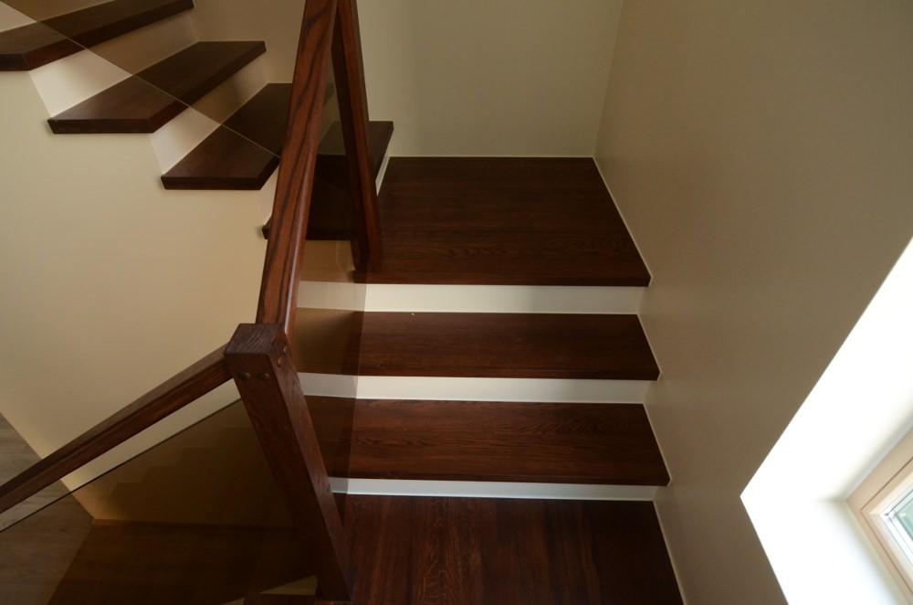 О П-образной лестнице с площадкой