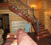 Лестница в загородном доме