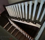 Деревянная лестница с площадками
