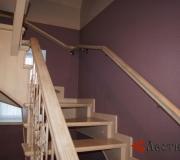 Лестница с первого на второй этаж