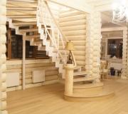 Лестница дизайнерской работы