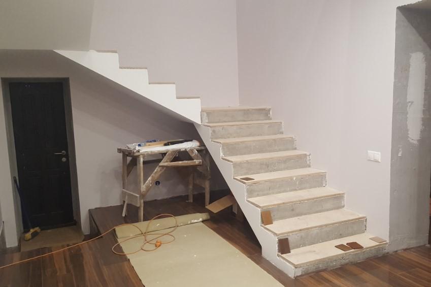 монтаж железобетонных лестниц